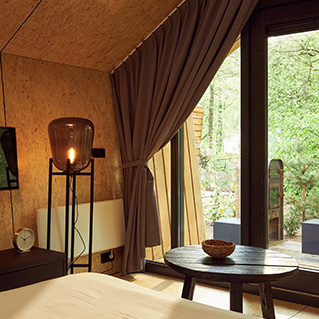 Thumb The couple Diamond Suite for cozy nights and sunny days